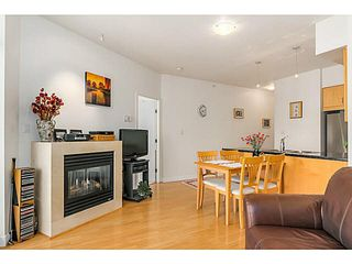 "Photo 3: 1403 1050 SMITHE Street in Vancouver: West End VW Condo for sale in ""THE STERLING"" (Vancouver West)  : MLS®# V1092092"