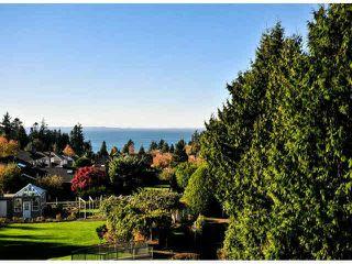 "Photo 10: 405 1725 128TH Street in Surrey: Crescent Bch Ocean Pk. Condo for sale in ""OCEAN PARK GARDENS"" (South Surrey White Rock)  : MLS®# F1427574"