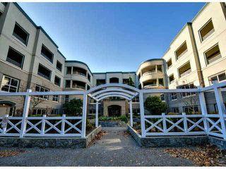 "Photo 1: 405 1725 128TH Street in Surrey: Crescent Bch Ocean Pk. Condo for sale in ""OCEAN PARK GARDENS"" (South Surrey White Rock)  : MLS®# F1427574"