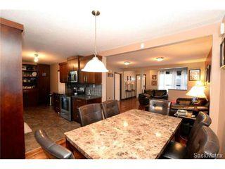 Photo 11: 370 TORONTO Street in Regina: Churchill Downs Single Family Dwelling for sale (Regina Area 03)  : MLS®# 522528