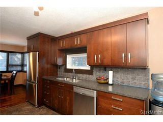 Photo 13: 370 TORONTO Street in Regina: Churchill Downs Single Family Dwelling for sale (Regina Area 03)  : MLS®# 522528