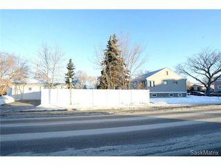 Photo 40: 370 TORONTO Street in Regina: Churchill Downs Single Family Dwelling for sale (Regina Area 03)  : MLS®# 522528