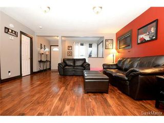 Photo 6: 370 TORONTO Street in Regina: Churchill Downs Single Family Dwelling for sale (Regina Area 03)  : MLS®# 522528