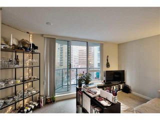 """Photo 10: 703 1212 HOWE Street in Vancouver: Downtown VW Condo for sale in """"1212 HOWE"""" (Vancouver West)  : MLS®# V1111343"""
