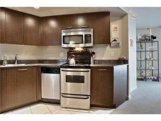 """Photo 7: 703 1212 HOWE Street in Vancouver: Downtown VW Condo for sale in """"1212 HOWE"""" (Vancouver West)  : MLS®# V1111343"""