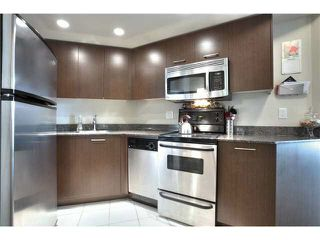 """Photo 6: 703 1212 HOWE Street in Vancouver: Downtown VW Condo for sale in """"1212 HOWE"""" (Vancouver West)  : MLS®# V1111343"""