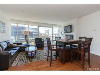 Photo 3: 406 707 Courtney St in VICTORIA: Vi Downtown Condo Apartment for sale (Victoria)  : MLS®# 713085