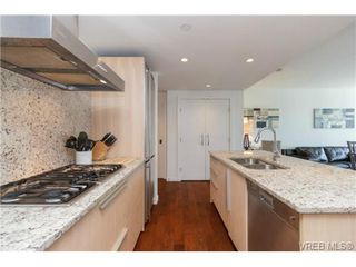 Photo 10: 406 707 Courtney St in VICTORIA: Vi Downtown Condo Apartment for sale (Victoria)  : MLS®# 713085