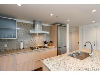 Photo 11: 406 707 Courtney St in VICTORIA: Vi Downtown Condo Apartment for sale (Victoria)  : MLS®# 713085