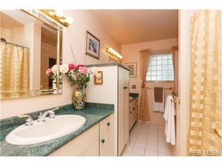 Photo 14: 776 Helvetia Cres in VICTORIA: SE Cordova Bay House for sale (Saanich East)  : MLS®# 726289