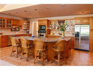 Photo 6: 776 Helvetia Cres in VICTORIA: SE Cordova Bay House for sale (Saanich East)  : MLS®# 726289