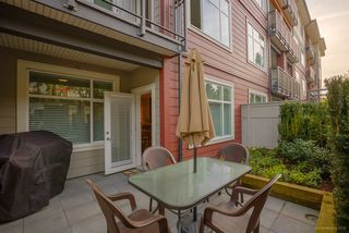 "Photo 1: 1111 963 CHARLAND Avenue in Coquitlam: Central Coquitlam Condo for sale in ""CHARLAND"" : MLS®# R2059905"