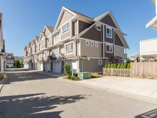 "Photo 19: 16 7298 199A Street in Langley: Willoughby Heights Townhouse for sale in ""YORK"" : MLS®# R2068285"