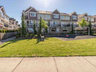"Photo 18: 16 7298 199A Street in Langley: Willoughby Heights Townhouse for sale in ""YORK"" : MLS®# R2068285"