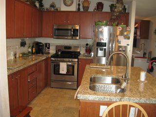 Photo 4: OCEANSIDE Manufactured Home for sale : 3 bedrooms : 4616 N River Road #40