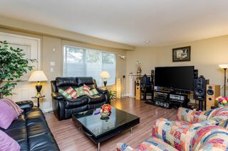 """Photo 8: 2 10080 KILBY Drive in Richmond: West Cambie Townhouse for sale in """"Savoy Gardens"""" : MLS®# R2084135"""