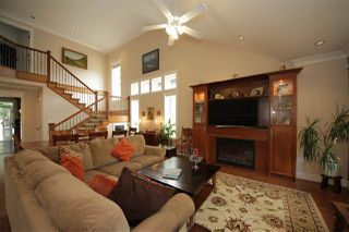 Photo 4: 41437 DRYDEN Road in Squamish: Brackendale House for sale : MLS®# R2088183
