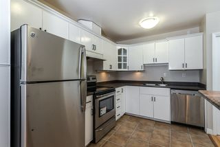"""Photo 5: 205 8680 FREMLIN Street in Vancouver: Marpole Condo for sale in """"COLONIAL ARMS"""" (Vancouver West)  : MLS®# R2089758"""