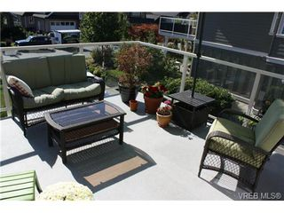Photo 8: 2142 Blue Grouse Plat in VICTORIA: La Bear Mountain Single Family Detached for sale (Langford)  : MLS®# 741030