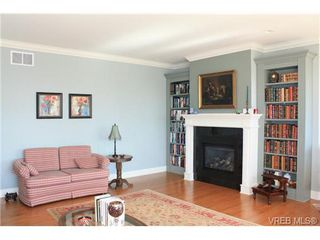 Photo 5: 2142 Blue Grouse Plat in VICTORIA: La Bear Mountain Single Family Detached for sale (Langford)  : MLS®# 741030