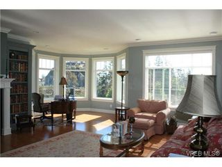 Photo 6: 2142 Blue Grouse Plat in VICTORIA: La Bear Mountain Single Family Detached for sale (Langford)  : MLS®# 741030
