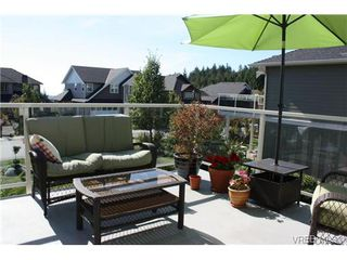 Photo 7: 2142 Blue Grouse Plat in VICTORIA: La Bear Mountain Single Family Detached for sale (Langford)  : MLS®# 741030