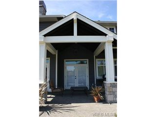 Photo 10: 2142 Blue Grouse Plat in VICTORIA: La Bear Mountain Single Family Detached for sale (Langford)  : MLS®# 741030