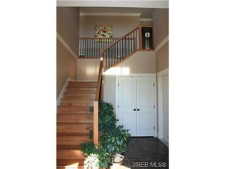 Photo 9: 2142 Blue Grouse Plat in VICTORIA: La Bear Mountain Single Family Detached for sale (Langford)  : MLS®# 741030