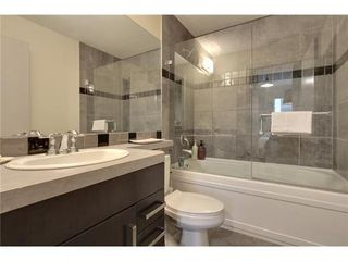 Photo 10: 310 1 Street SE in Calgary: Single Level Apartment for sale : MLS®# C3548056