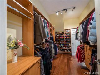Photo 10: 1017 Valewood Trail in VICTORIA: SE Broadmead House for sale (Saanich East)  : MLS®# 741908