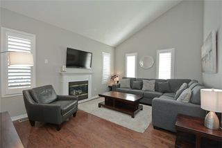 Photo 17: 1101 Ashgrove Crescent in Oshawa: Pinecrest House (2-Storey) for sale : MLS®# E3649241
