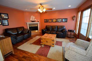 Photo 5: 10707 107 Street in Fort St. John: Fort St. John - City SW House for sale (Fort St. John (Zone 60))  : MLS®# R2133544
