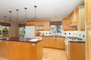 Photo 2: 7083 114A Street in Delta: Sunshine Hills Woods House for sale (N. Delta)  : MLS®# R2142468