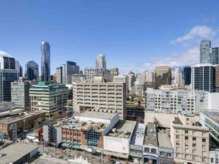 "Photo 8: 1609 833 SEYMOUR Street in Vancouver: Downtown VW Condo for sale in ""CAPITOL RESIDENCES"" (Vancouver West)  : MLS®# R2151748"