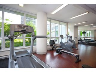 "Photo 16: 1609 833 SEYMOUR Street in Vancouver: Downtown VW Condo for sale in ""CAPITOL RESIDENCES"" (Vancouver West)  : MLS®# R2151748"