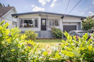 Photo 1: 45822 LEWIS Avenue in Chilliwack: Chilliwack N Yale-Well House for sale : MLS®# R2162991