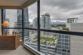 "Photo 18: 902 1415 W GEORGIA Street in Vancouver: Coal Harbour Condo for sale in ""Palais Georgia"" (Vancouver West)  : MLS®# R2163813"