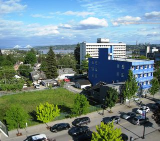 "Photo 2: 705 415 E COLUMBIA Street in New Westminster: Sapperton Condo for sale in ""SAN MARINO"" : MLS®# R2170257"