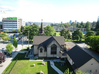 "Photo 3: 705 415 E COLUMBIA Street in New Westminster: Sapperton Condo for sale in ""SAN MARINO"" : MLS®# R2170257"
