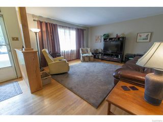 Photo 4: 1709 Morgan Avenue in Saskatoon: Holliston Residential for sale : MLS®# 613470