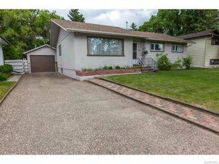 Photo 2: 1709 Morgan Avenue in Saskatoon: Holliston Residential for sale : MLS®# 613470
