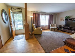 Photo 3: 1709 Morgan Avenue in Saskatoon: Holliston Residential for sale : MLS®# 613470