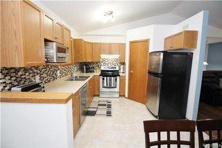 Photo 3: 448 Roberta Avenue in Winnipeg: East Kildonan Residential for sale (3D)  : MLS®# 1726059