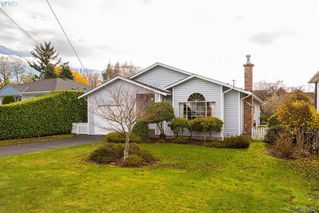 Photo 20: 2057 Kings Road in VICTORIA: OB Henderson Single Family Detached for sale (Oak Bay)  : MLS®# 385602