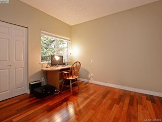 Photo 18: 940 Bearwood Lane in VICTORIA: SE Broadmead Single Family Detached for sale (Saanich East)  : MLS®# 385864