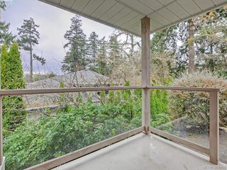 Photo 19: 940 Bearwood Lane in VICTORIA: SE Broadmead Single Family Detached for sale (Saanich East)  : MLS®# 385864