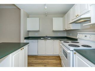 "Photo 5: 424 2551 PARKVIEW Lane in Port Coquitlam: Central Pt Coquitlam Condo for sale in ""THE CRESCENT"" : MLS®# R2228836"