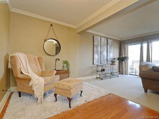 Photo 5: 29 1480 Garnet Road in VICTORIA: SE Cedar Hill Townhouse for sale (Saanich East)  : MLS®# 388792