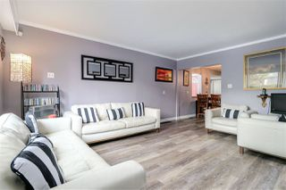 Photo 5: 1572 E 11TH Avenue in Vancouver: Grandview VE House for sale (Vancouver East)  : MLS®# R2266818
