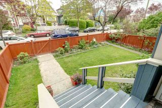 Photo 4: 1572 E 11TH Avenue in Vancouver: Grandview VE House for sale (Vancouver East)  : MLS®# R2266818